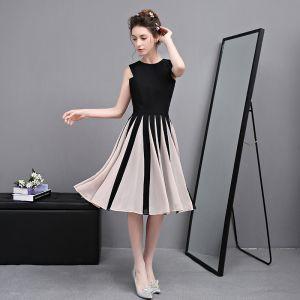 Classic Elegant Black Graduation Dresses 2017 A-Line / Princess U-Neck Tulle Buttons Striped Homecoming Formal Dresses