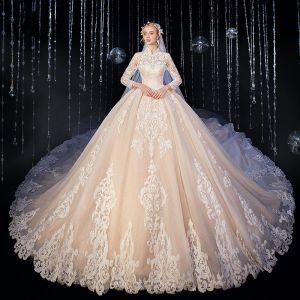 Élégant Haut de Gamme Champagne Robe De Mariée 2020 Robe Boule Glitter En Dentelle Fleur Col Haut 3/4 Manches Royal Train