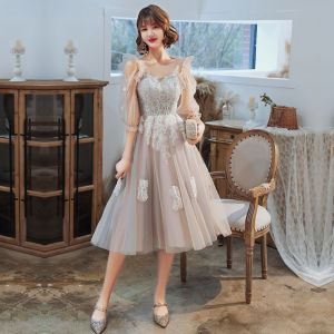 Classy Grey Homecoming Graduation Dresses 2020 A-Line / Princess Scoop Neck Lace Flower 1/2 Sleeves Backless Tea-length Formal Dresses