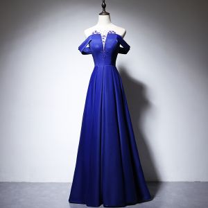 Elegante Königliches Blau Satin Abendkleider 2020 A Linie Durchsichtige Rundhalsausschnitt Kurze Ärmel Perlenstickerei Lange Rüschen Rückenfreies Festliche Kleider