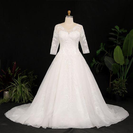 Vintage Elfenben Plus Storlek Balklänning Bröllopsklänningar 2021 U-Hals 3D Spets Tyll Satin Långärmad Handgjort Appliqués Halterneck Chapel Train Bröllop