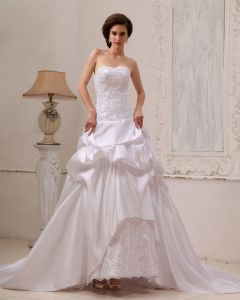 Sleeveless Taffeta Beading Ruffle Sweetheart Chapel Train A-Line Wedding Dresses
