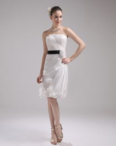 Fashion Taffeta Satin Pleated Strapless Knee-Length Mini Wedding Dress