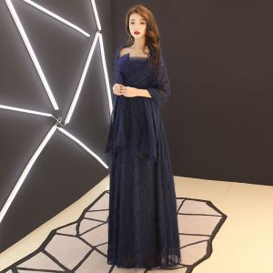 Chic / Beautiful Navy Blue Mother Of The Bride Dresses With Shawl 2019 A-Line / Princess Strapless Crystal Lace Flower Tassel Sleeveless Backless Floor-Length / Long