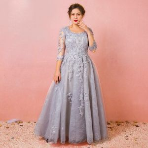 Chic / Beautiful Grey Plus Size Evening Dresses  2018 A-Line / Princess Tulle U-Neck Appliques Backless Beading Handmade  Evening Party Formal Dresses