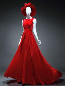 Simple Une Ligne Encolure Carrée Fleurs À La Main De Perles Backless Robe De Soirée Classique De Satin Rouge