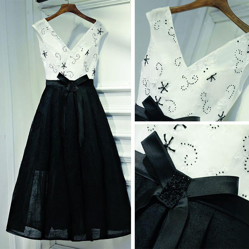 Lovely Black Formal Dresses 2017 Bow Pearl Backless Short V-Neck Sleeveless A-Line / Princess Graduation Dresses