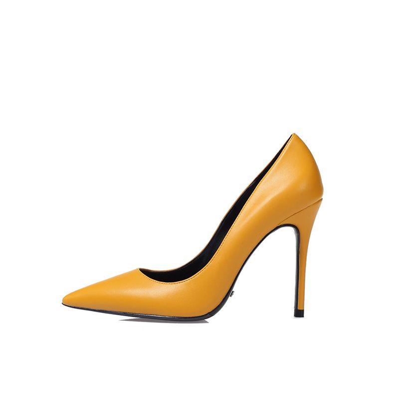 Modest / Simple White Office Pumps 2019 10 cm Stiletto Heels Pointed Toe Pumps