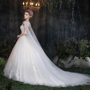 Amazing / Unique Church Wedding Dresses 2017 White Ball Gown Cathedral Train Sleeveless Square Neckline Artificial Flowers Backless Appliques Lace Beading Pearl