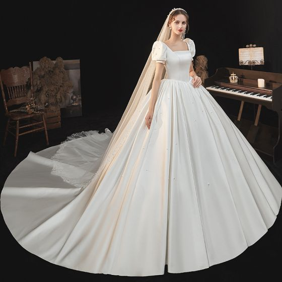 Victorian Style Ivory Satin Wedding Dresses 2021 Ball Gown Square Neckline Bell sleeves Backless Royal Train Wedding