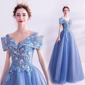 Blumenfee Blau Ballkleider 2020 A Linie V-Ausschnitt Perle Spitze Blumen Kurze Ärmel Rückenfreies Lange Festliche Kleider