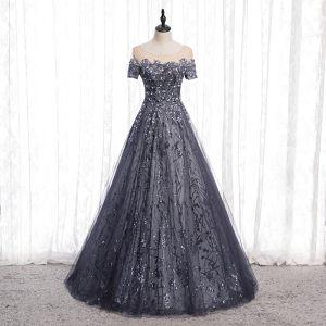 Scintillantes Gris Glitter Robe De Soirée 2020 Princesse Encolure Dégagée Perlage Paillettes Faux Diamant Manches Courtes Dos Nu Longue Robe De Ceremonie
