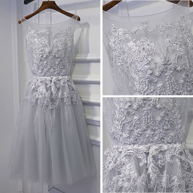 Modest / Simple Silver Wedding Party Dresses Bridesmaid Dresses 2017 Lace Flower Sequins Pearl Scoop Neck Sleeveless Short A-Line / Princess