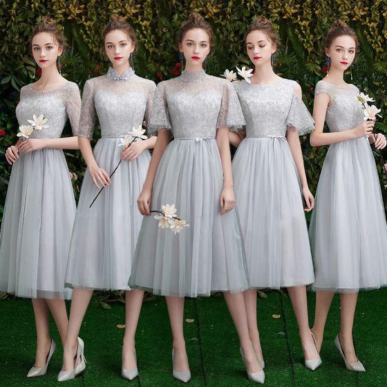 Affordable Elegant Grey Lace Bridesmaid Dresses 2019 A-Line / Princess Sash Short Ruffle Backless Wedding Party Dresses