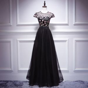 Chic / Beautiful Black Evening Dresses  2018 A-Line / Princess Lace Flower Scoop Neck Cap Sleeves Floor-Length / Long Formal Dresses