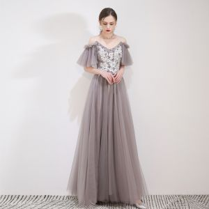 Elegant Grey Evening Dresses  2019 A-Line / Princess Spaghetti Straps Appliques Lace Flower Short Sleeve Backless Floor-Length / Long Formal Dresses