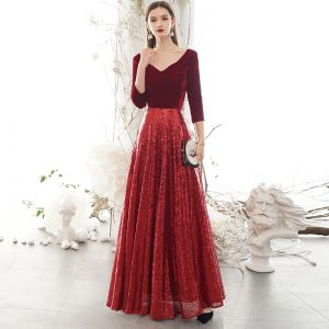 Sparkly Burgundy Winter Evening Dresses  2020 A-Line / Princess Suede V-Neck Sequins 3/4 Sleeve Backless Floor-Length / Long Formal Dresses