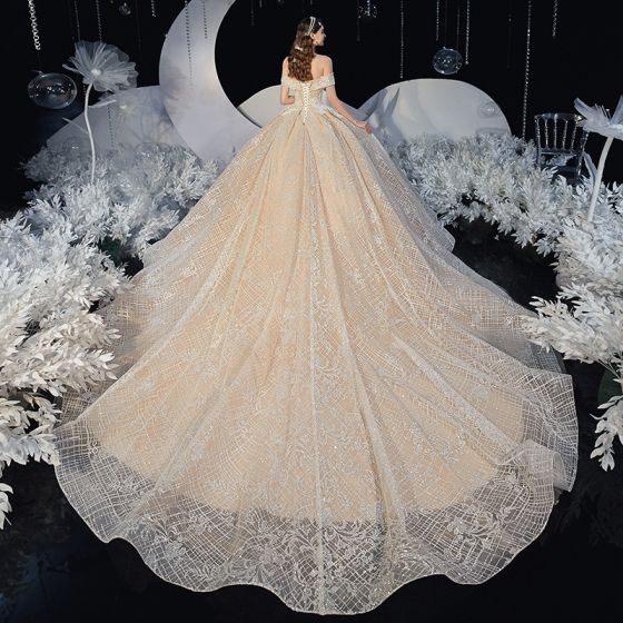 Best Champagne Lace Bridal Wedding Dresses 2020 Ball Gown Off-The-Shoulder Short Sleeve Backless Appliques Lace Glitter Tulle Cathedral Train Ruffle