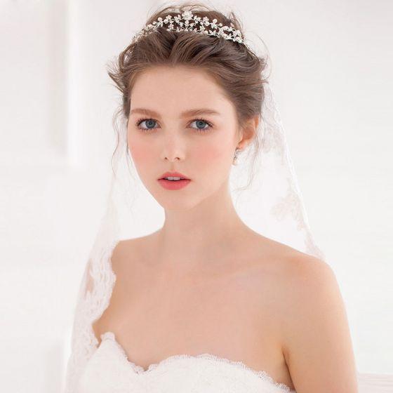 Main Diamants Perles De Mariée Diademe De Couronne Avec Des Bijoux