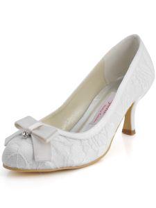Chaussures En Dentelle Noeud A La Main Des Chaussures De Partie De Mariage Douce Et Belle