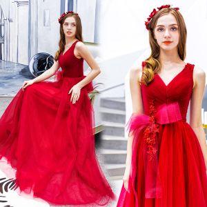 Schöne Rot Ballkleider 2019 A Linie V-Ausschnitt Perlenstickerei Spitze Blumen Schleife Ärmellos Rückenfreies Lange Festliche Kleider