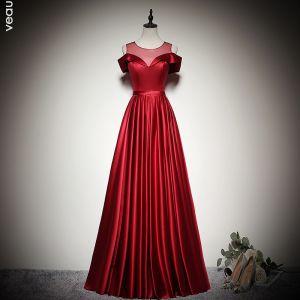 Élégant Couleur Unie Bordeaux Robe De Soirée 2020 Princesse Encolure Dégagée Manches Courtes Dos Nu Longue Robe De Ceremonie