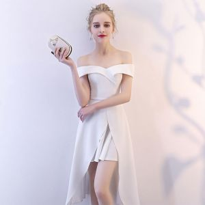 Amazing / Unique White Homecoming Graduation Dresses 2018 A-Line / Princess Off-The-Shoulder Short Sleeve Asymmetrical Ruffle Backless Formal Dresses