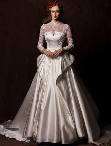 Eleganckie Suknie Ślubne 2016 Rocznika Koronki Dekolt Słoniowa Wzburzyć Sukienka Satyna Ślub Z Długim Odpadzie