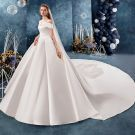 Modest / Simple Ivory Wedding Dresses 2019 A-Line / Princess Off-The-Shoulder Short Sleeve Backless Royal Train