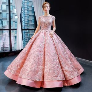 Luxury / Gorgeous Pearl Pink Dancing Prom Dresses 2020 Ball Gown Square Neckline Sleeveless Pierced Appliques Lace Sequins Floor-Length / Long Ruffle Backless Satin Formal Dresses