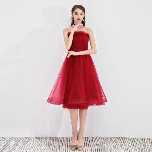 Chic / Beautiful Burgundy Party Dresses 2019 A-Line / Princess Ruffle Strapless Sleeveless Backless Short Formal Dresses