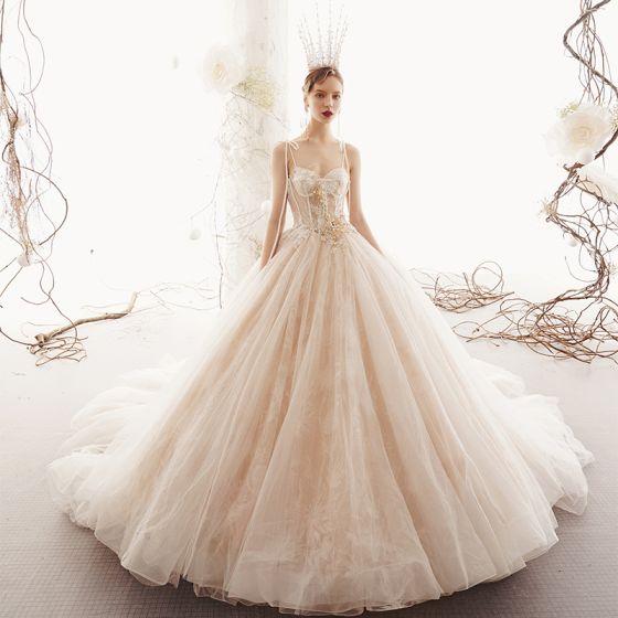 Elegant Champagne Wedding Dresses 2019 Princess Spaghetti Straps Sleeveless Backless Appliques Lace Pearl Beading Chapel Train Ruffle