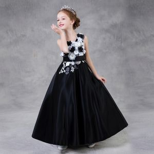 Chic / Beautiful Black Flower Girl Dresses 2018 A-Line / Princess One-Shoulder Sleeveless Appliques Flower Pearl Rhinestone Embroidered Sash Floor-Length / Long Ruffle Backless Wedding Dresses