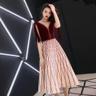 Modern / Fashion Burgundy Homecoming Graduation Dresses 2019 A-Line / Princess Suede Scoop Neck Striped Rhinestone Sleeveless Backless Tea-length Formal Dresses