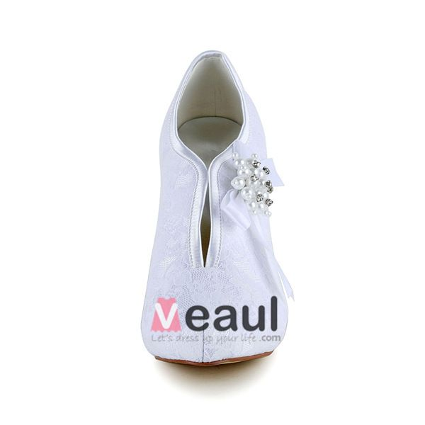 Simple White Winter Bridal Shoes Lace Stilettos Pumps With Pearl Bow