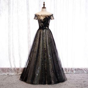 Elegant Black Evening Dresses  2020 A-Line / Princess Off-The-Shoulder Beading Crystal Sequins Lace Flower Short Sleeve Backless Floor-Length / Long Formal Dresses