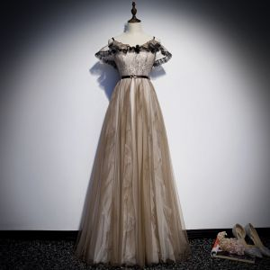 Hermoso Caqui Vestidos de noche 2019 A-Line / Princess Spaghetti Straps Cinturón Con Encaje Flor Manga Corta Sin Espalda Largos Vestidos Formales
