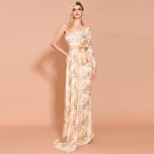 Piękne Złote Sukienki Wieczorowe 2020 Syrena / Rozkloszowane Jedno Ramię Długie Rękawy Szarfa Aplikacje Cekiny Trenem Sweep Sukienki Wizytowe