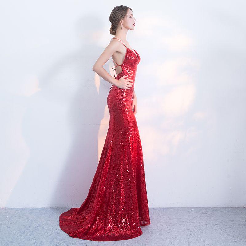 Sexy Rot Abendkleider 2017 Meerjungfrau Pailletten Spaghettiträger Rückenfreies Sweep / Pinsel Zug Ärmellos Festliche Kleider