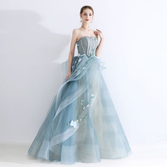 High-end Jade Grön Balklänningar 2020 Prinsessa Älskling Ärmlös Appliqués Spets Beading Långa Ruffle Halterneck Formella Klänningar