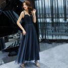 Chic / Belle Bleu Marine Robe De Soirée 2019 Princesse Bretelles Spaghetti Sans Manches Glitter Tulle Longueur Cheville Volants Dos Nu Robe De Ceremonie