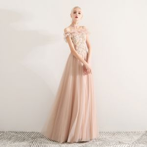 Elegant Champagne Prom Dresses 2019 A-Line / Princess Off-The-Shoulder Lace Appliques Beading Crystal Pearl Rhinestone Ruffle Short Sleeve Backless Floor-Length / Long Formal Dresses