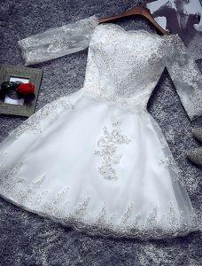 Simple Robe De Mariage Courte 2016 De L'épaule Robe De Mariée Avec Des Manches