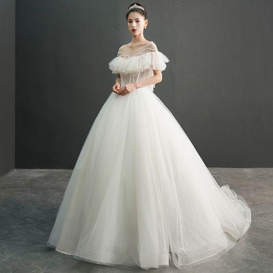 Mode Elfenben Genomskinliga Bröllopsklänningar 2019 Balklänning Urringning Korta ärm Halterneck Beading Prickig Tyll Chapel Train Ruffle