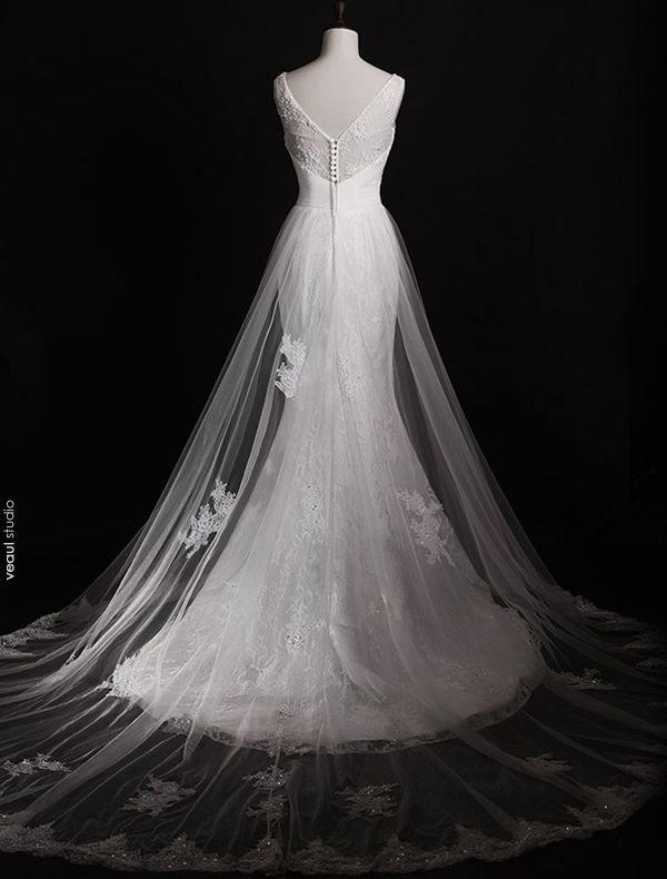 Stunning Wedding Dresses 2016 Mermaid Applique Lace Beading Pearls Rhinestones Long Tulle Train Bridal Gowns