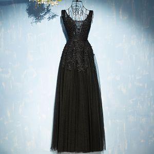 Piękne Czarne Sukienki Wizytowe 2017 Koronkowe Kwiat Cekiny Wiązane V-Szyja Bez Rękawów Długie Imperium Sukienki Wieczorowe
