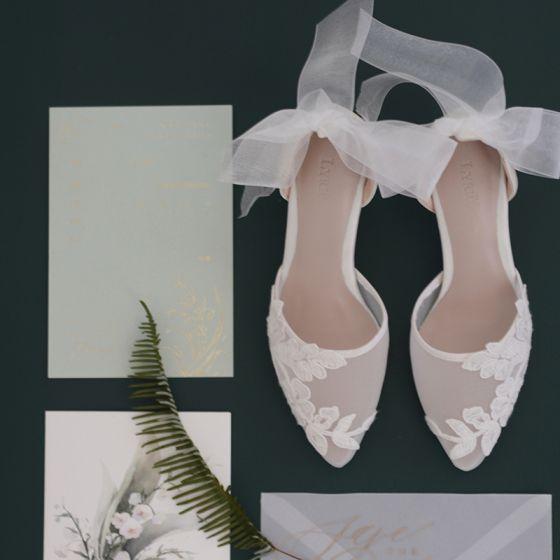 Charmant Witte Kant Bloem Doorzichtige Bruidsschoenen 2020 6 cm Naaldhakken / Stiletto Spitse Neus Huwelijk Hakken