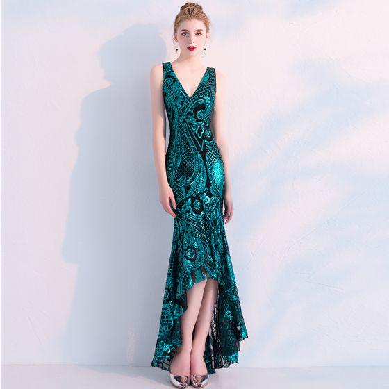 Uroczy Ciemnozielony Sukienki Wieczorowe 2019 Syrena / Rozkloszowane Cekiny V-Szyja Bez Rękawów Bez Pleców Asymetryczny Sukienki Wizytowe