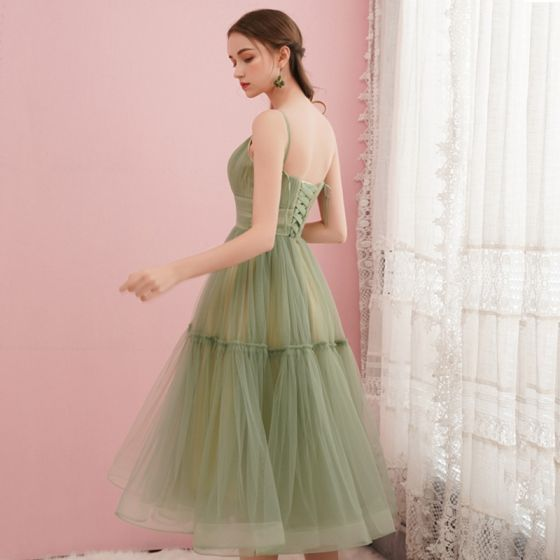 Modest / Simple Sage Green Homecoming Graduation Dresses 2019 A-Line / Princess Spaghetti Straps Sleeveless Tea-length Ruffle Backless Formal Dresses