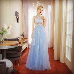 Chic / Beautiful Sky Blue Evening Dresses  2017 A-Line / Princess Lace Appliques Scoop Neck Sleeveless Floor-Length / Long Formal Dresses